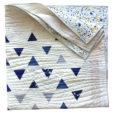 Minimal-Triangles-Navy-Quilt-Pattern
