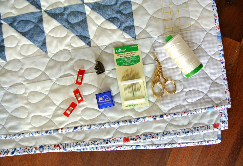 How To Sew Binding On A Quilt Video Suzy Quilts