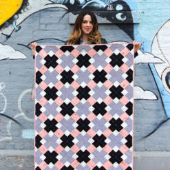 Suzy-Quilts-Kris-Kross-Quilt