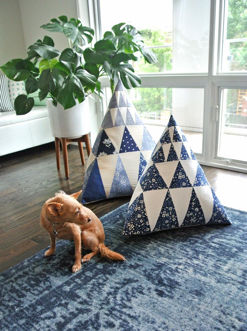 Pyramid-Pillows