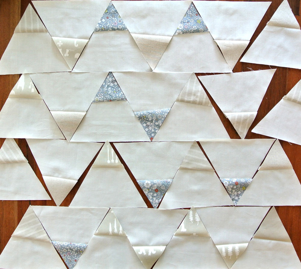 Modern-Triangle-Quilt