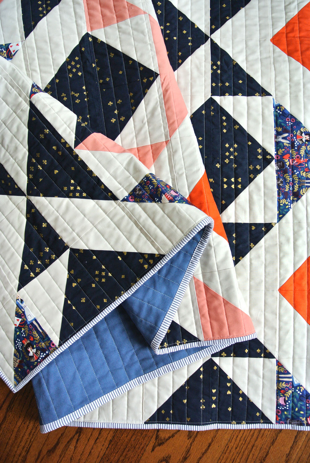 Scandinavian-Triangles-Quilt-Pattern