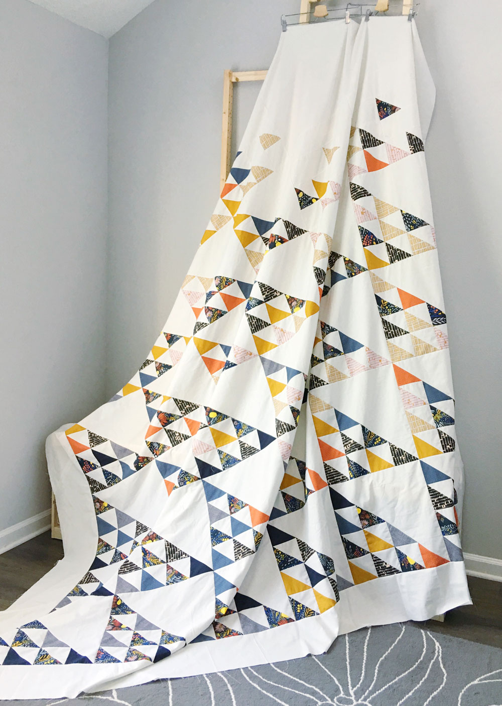 Triangle-King-Quilt