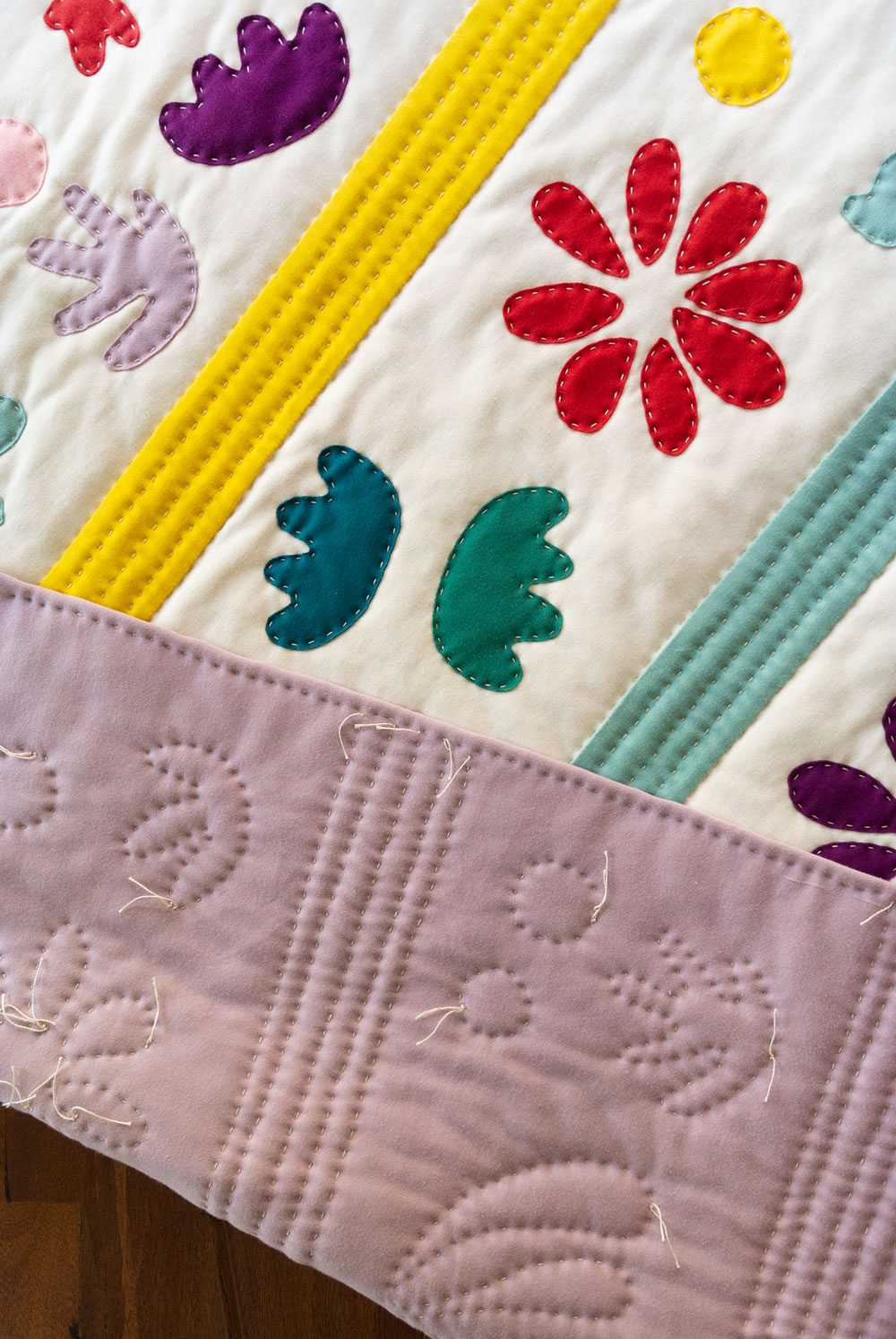 Get the Bohemian Garden knit quilt pattern