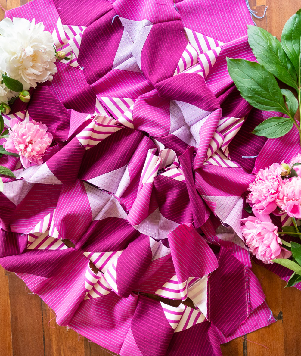The Glitter & Glow quilt pattern is perfect for chain piecing rows. See this video tutorial!