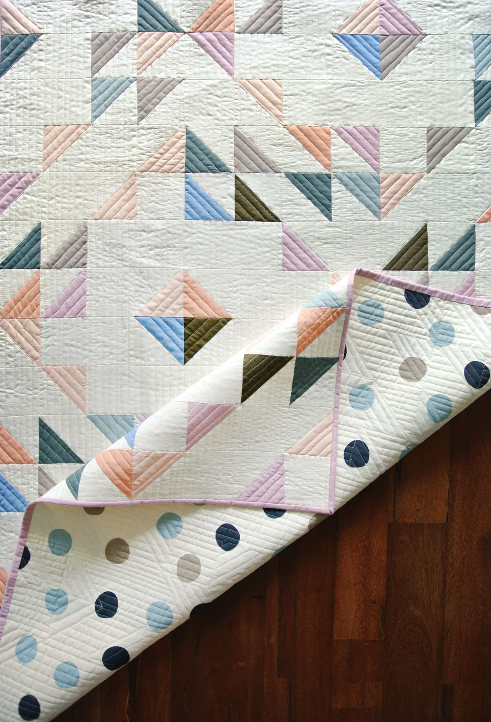 Learn the 6 simple steps to straight line quilting, or as some call it, matchstick quilting. This is a great beginner quilter tutorial!