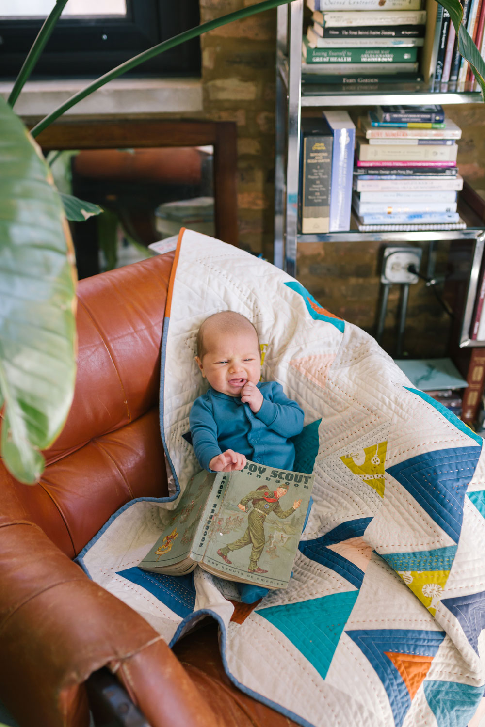 How I Learned to Hand Quilt with the Mod Mountains Pattern: A fat quarter friendly design that lends itself to lots of creative interpretation. This pattern includes fabric requirements for queen/full, twin, throw and baby quilt sizes.