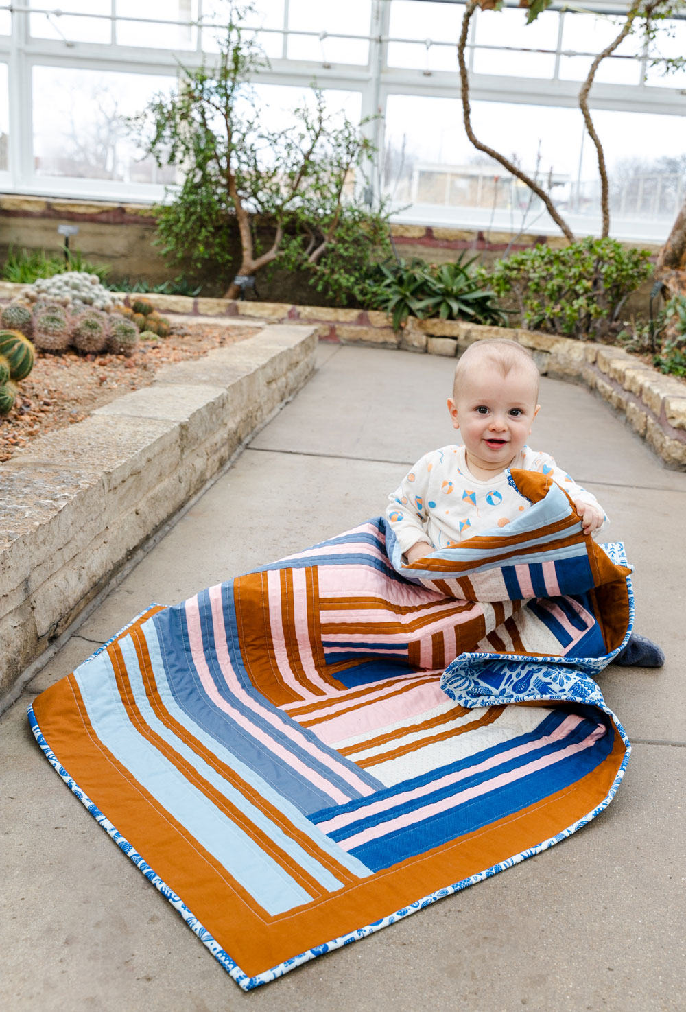 The Grow quilt pattern release March 12, 2020. It will include king, queen, twin, throw and baby quilt sizes. suzyquilts.com #babyquilt