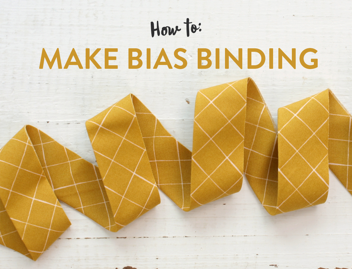 Learn the best tips and tricks for making bias binding for quilts, including a step by step video, in this tutorial. suzyquilts.com #quilting #sewingdiy